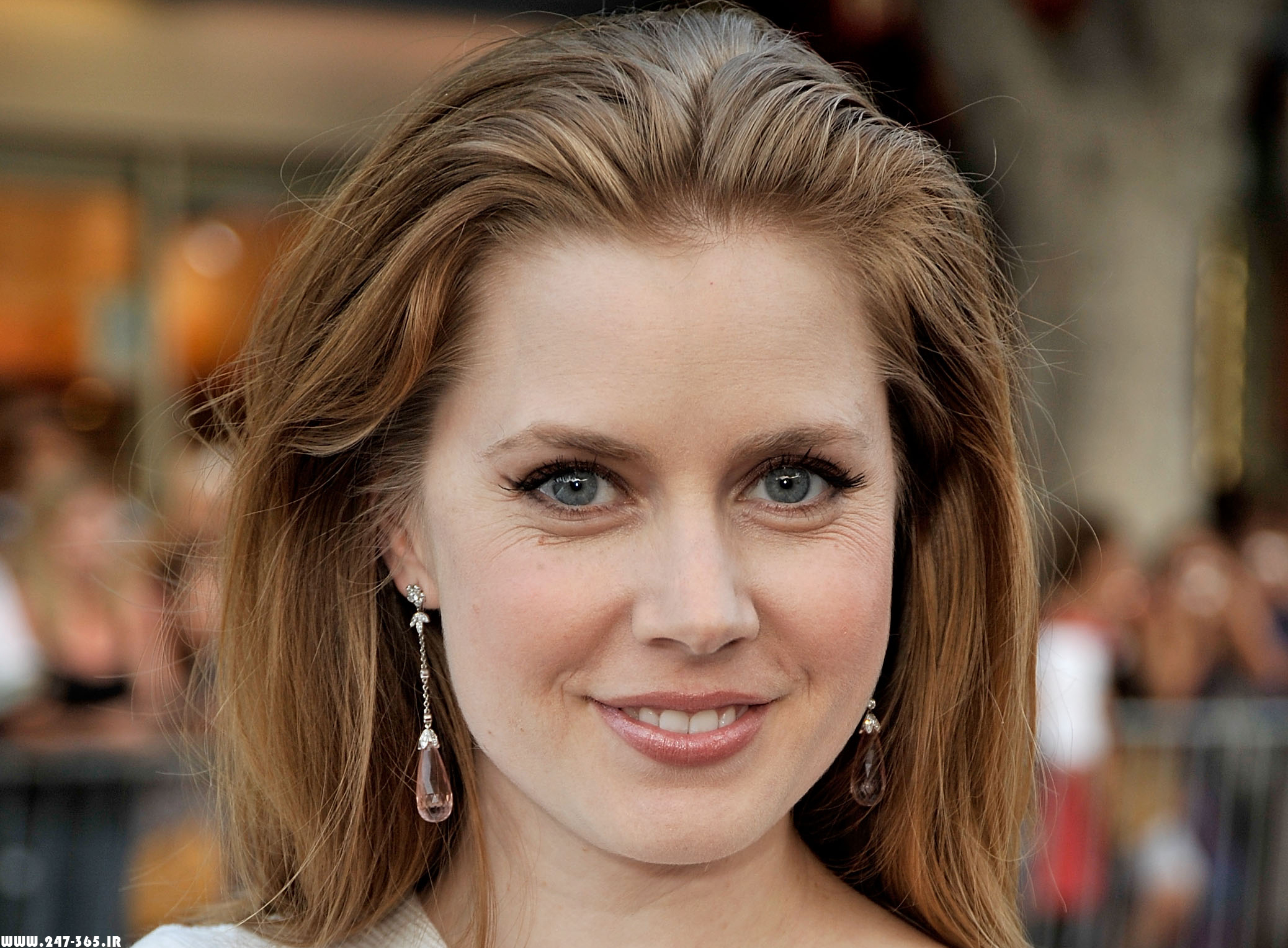 http://dl.247-365.ir/pic/celebrity/amy_adams_2/Amy_Adams_2_01.jpg