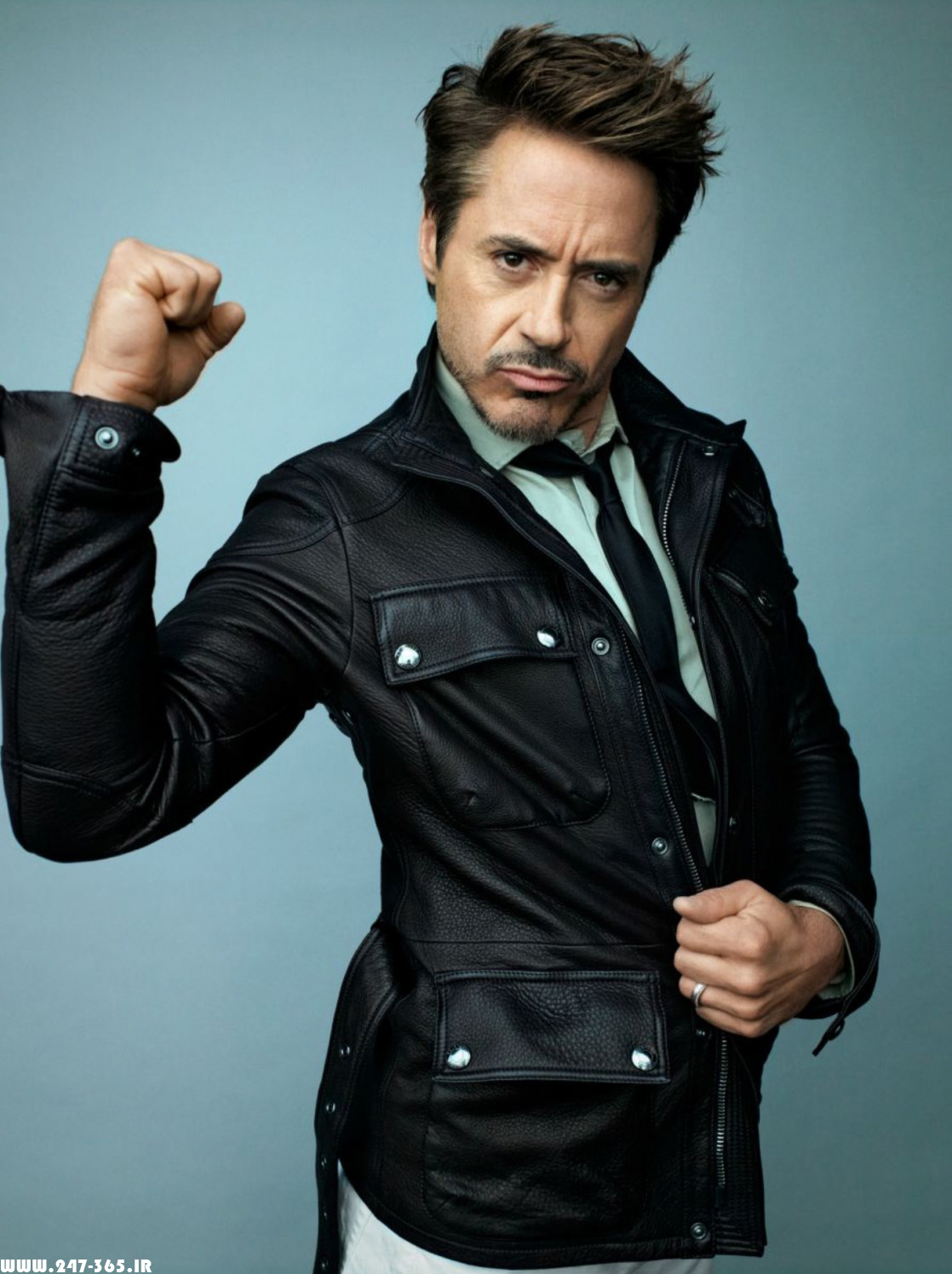 http://dl.247-365.ir/pic/celebrity/robert_downey_jr_2/Robert_Downey_Jr_2_02.jpg