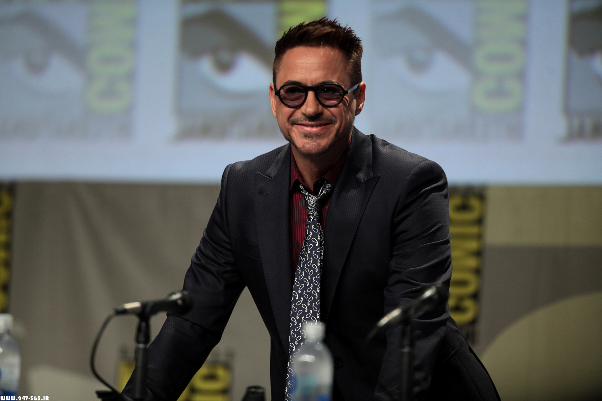 http://dl.247-365.ir/pic/celebrity/robert_downey_jr_2/Robert_Downey_Jr_2_03.jpg