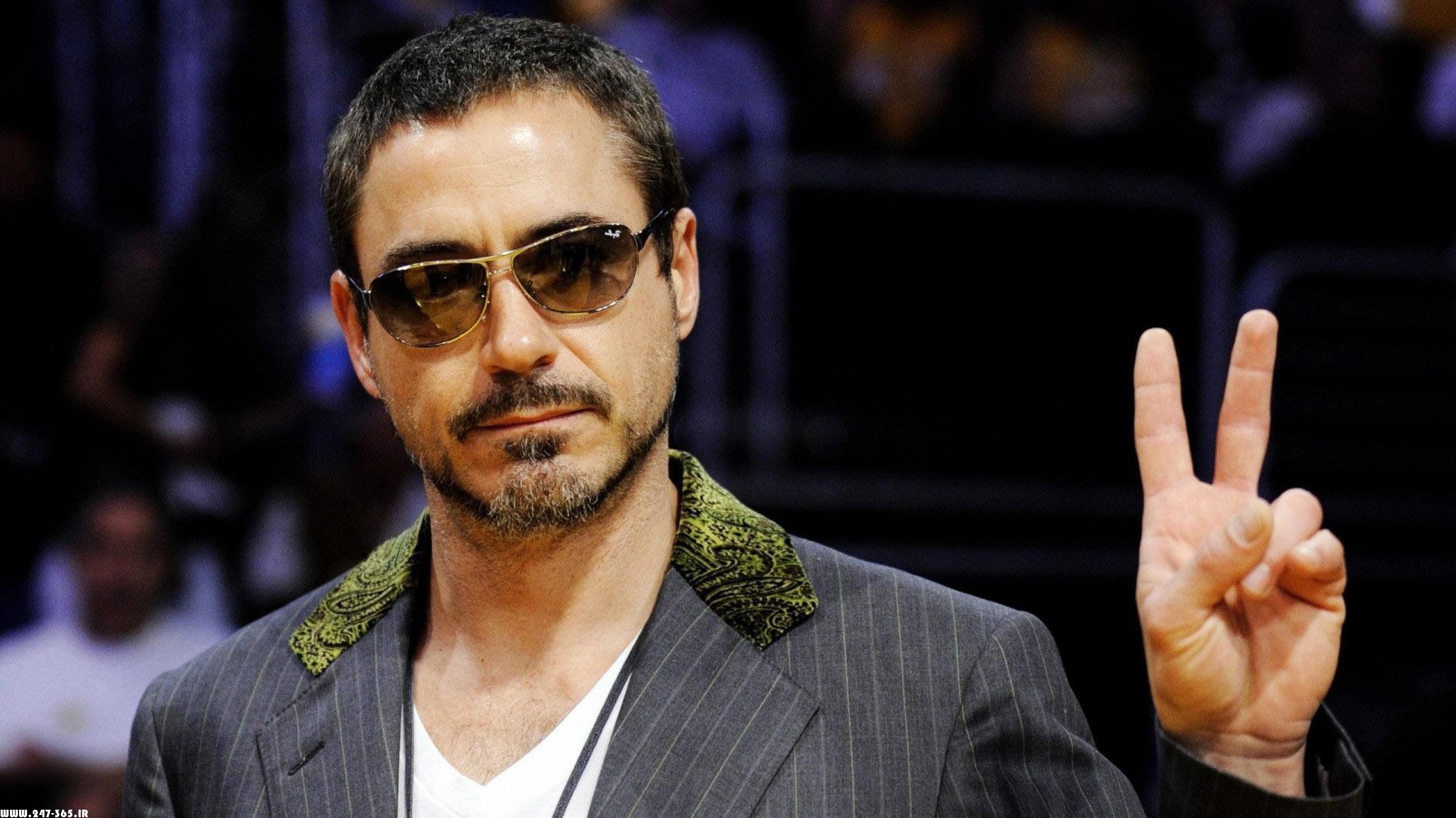 http://dl.247-365.ir/pic/celebrity/robert_downey_jr_2/Robert_Downey_Jr_2_04.jpg