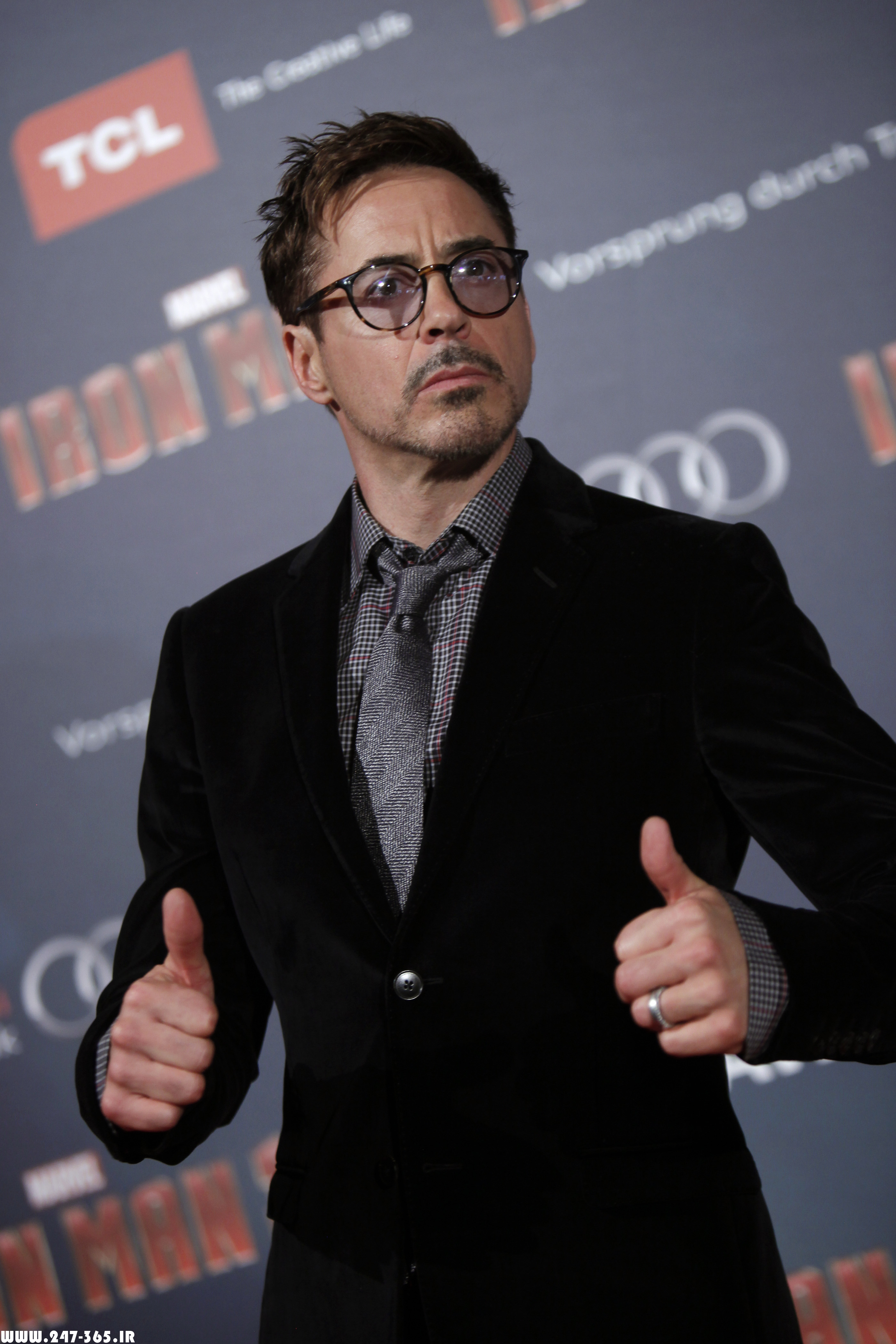 http://dl.247-365.ir/pic/celebrity/robert_downey_jr_2/Robert_Downey_Jr_2_09.jpg