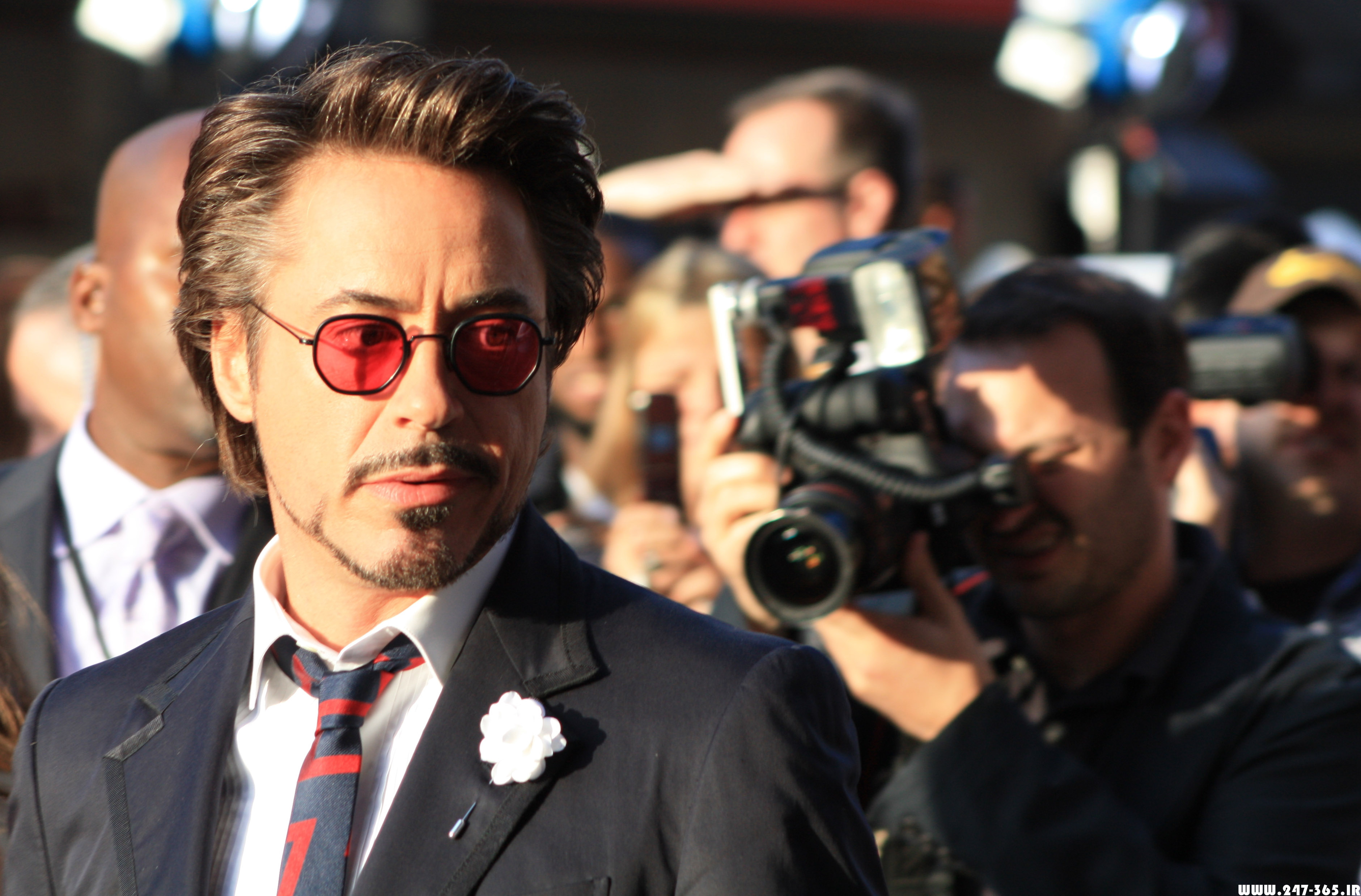 http://dl.247-365.ir/pic/celebrity/robert_downey_jr_2/Robert_Downey_Jr_2_13.jpg