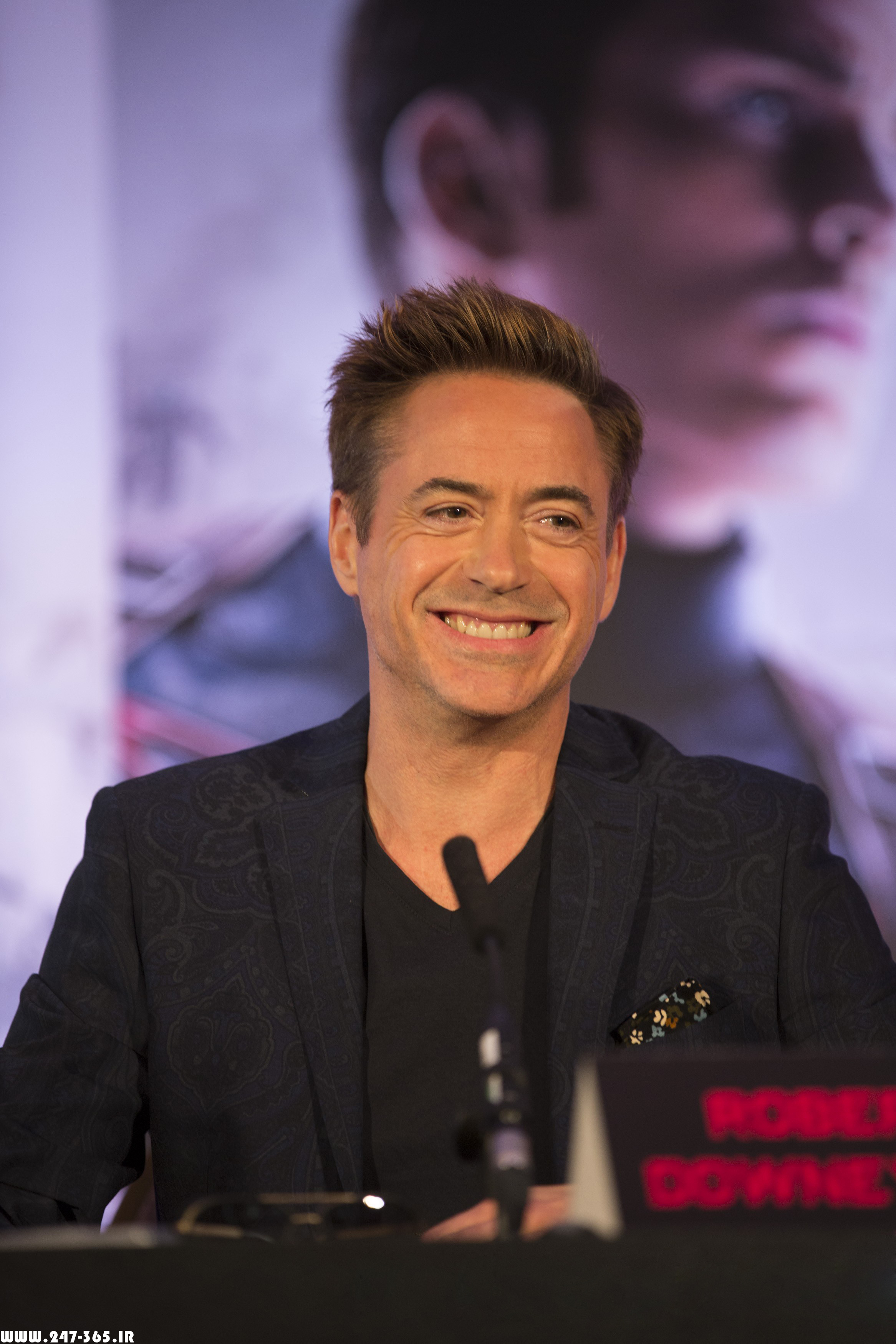 http://dl.247-365.ir/pic/celebrity/robert_downey_jr_2/Robert_Downey_Jr_2_15.jpg
