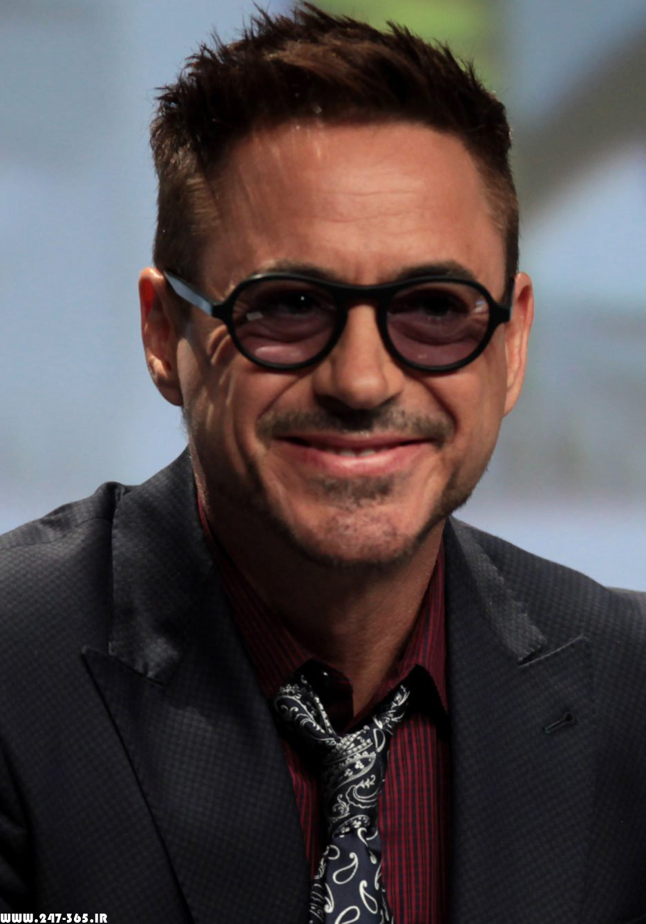 http://dl.247-365.ir/pic/celebrity/robert_downey_jr_2/Robert_Downey_Jr_2_18.jpg