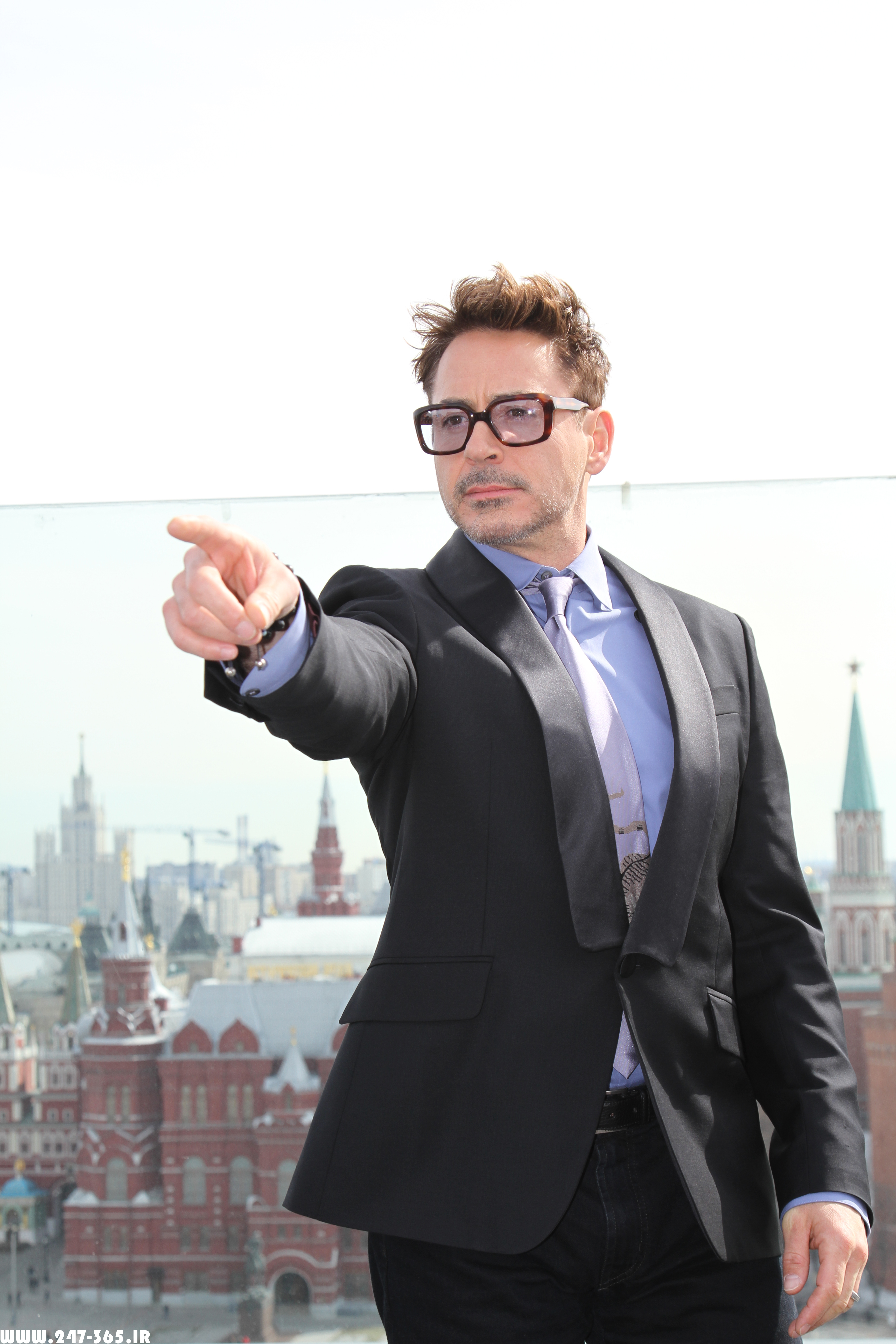 http://dl.247-365.ir/pic/celebrity/robert_downey_jr_3/Robert_Downey_Jr_3_10.jpg