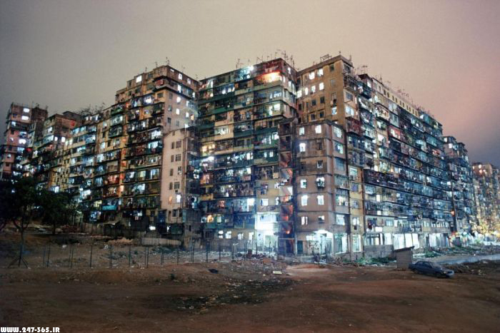 http://dl.247-365.ir/pic/makanhaye_jaleb/kowloon_walled_city/Kowloon_Walled_City_02.jpg