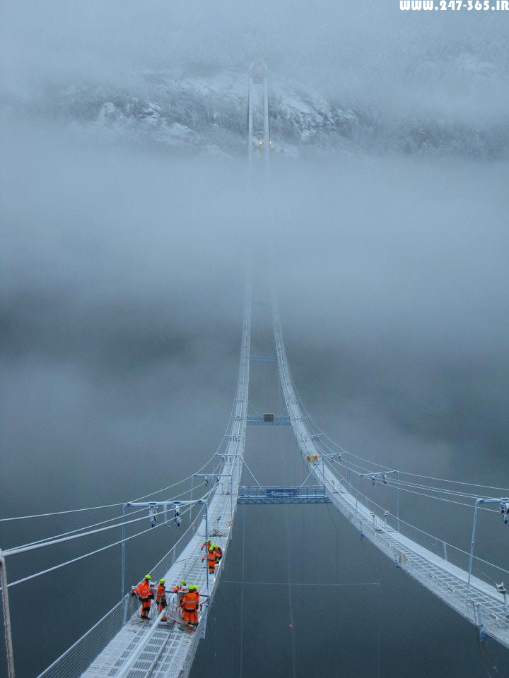 http://dl.247-365.ir/pic/pol/hardanger_bridge/Hardanger_Bridge_08.jpg
