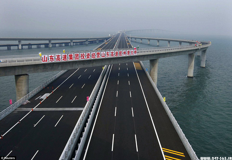 http://dl.247-365.ir/pic/pol/jiaozhou_bay_bridge/Jiaozhou_Bay_Bridge_03.jpg