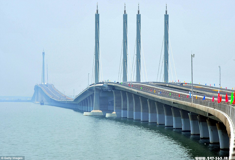 http://dl.247-365.ir/pic/pol/jiaozhou_bay_bridge/Jiaozhou_Bay_Bridge_12.jpg