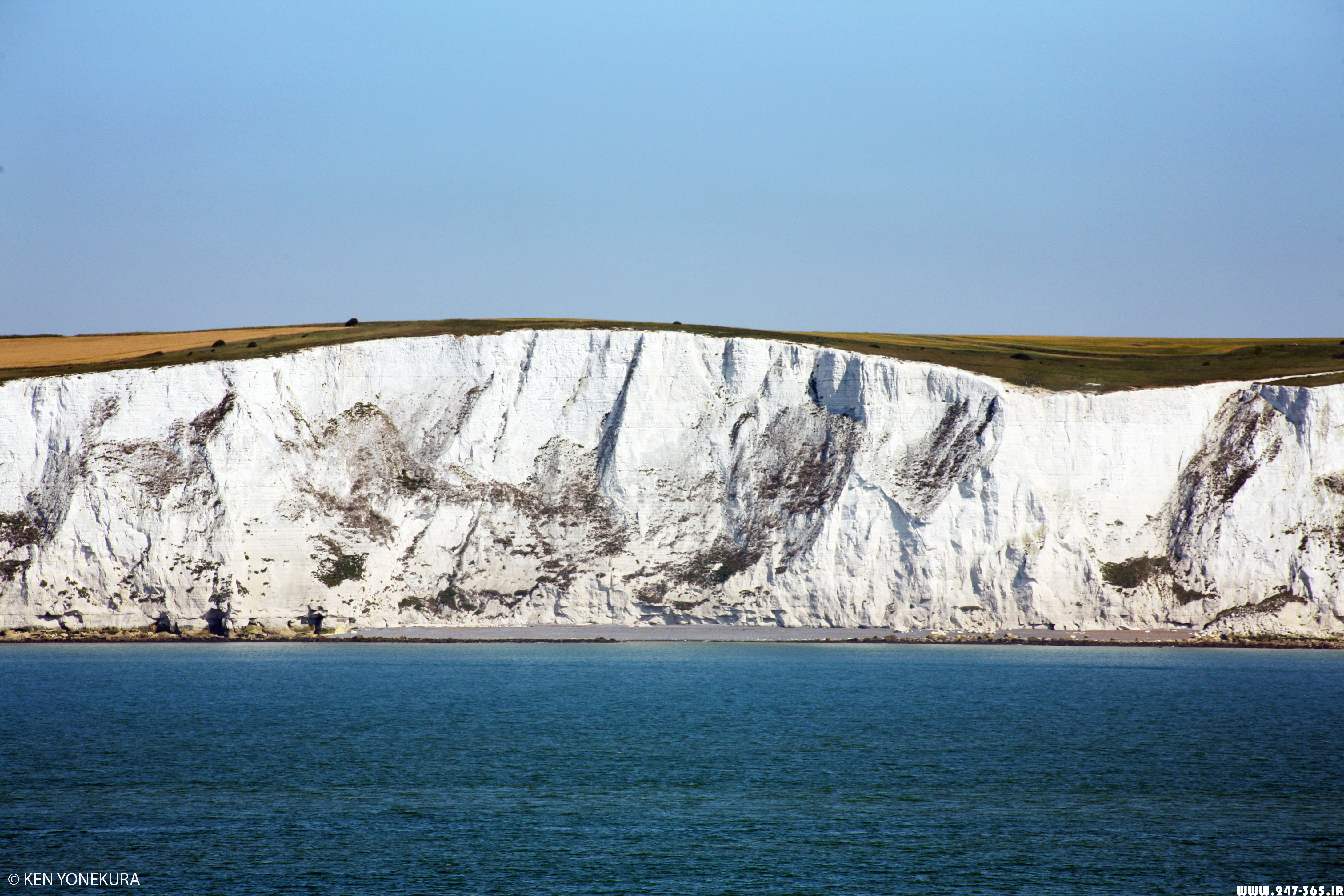 http://dl.247-365.ir/pic/tak_ax/White_Cliffs_of_Dover.jpg